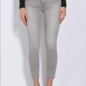 J Brand Capri Jeans  in Ventura